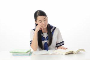 睡眠時間のベストは何時間?高校生に必要な睡眠時間とは?