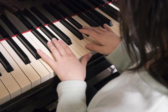 子供の習い事ピアノはいつから始めたらいい?