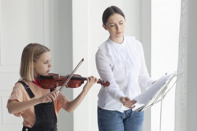 バイオリン教室の子供の月謝はいくら?